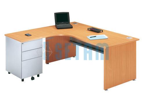 bureau angle avec retour gauche et caisson gamme primo h tre. Black Bedroom Furniture Sets. Home Design Ideas