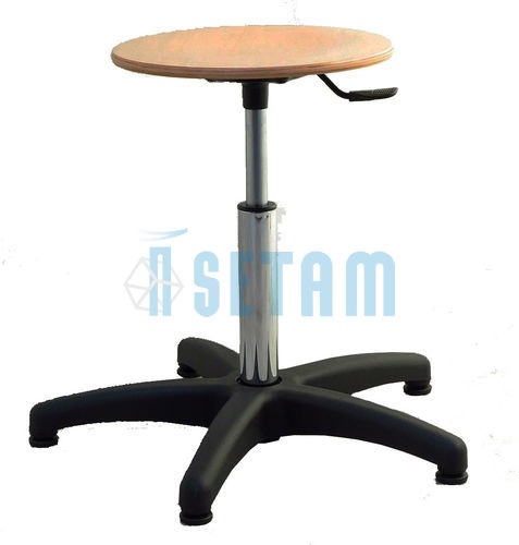 tabouret atelier bas tabouret bois sur patins. Black Bedroom Furniture Sets. Home Design Ideas